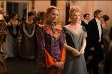 Alice Through the Looking Glass Photo 19