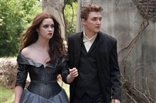 Beautiful Creatures Photo 5