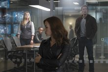 Captain America: Civil War Photo 9