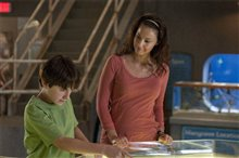Dolphin Tale Photo 25