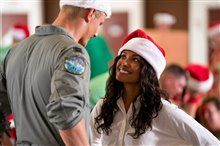 Operation Christmas Drop (Netflix) Photo 1