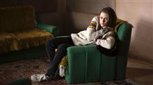 Personal Shopper Photo 8