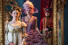 The Nutcracker and the Four Realms Photo 6