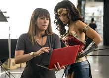 Wonder Woman 1984 Photo 6