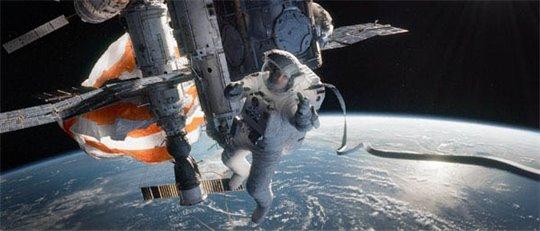 Gravity Photo 10 - Large