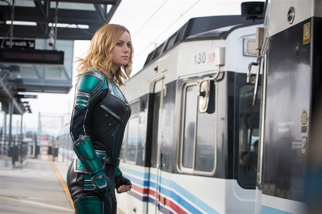 Captain Marvel Photo 1 - Large