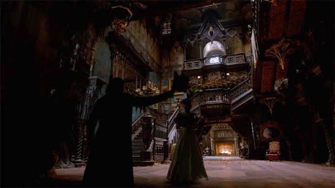 Crimson Peak Photo 2 - Large