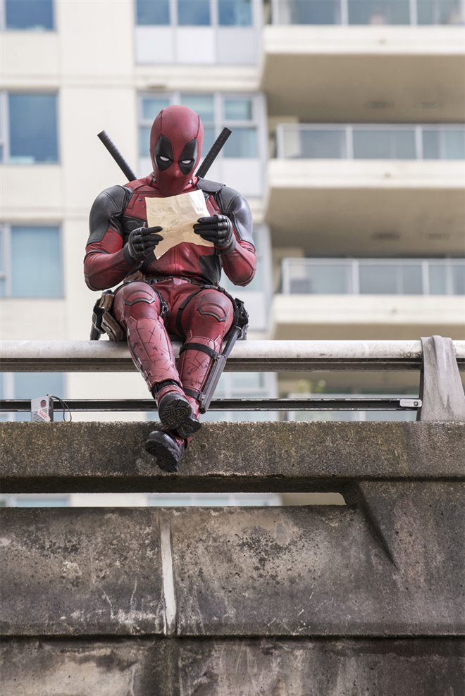 Deadpool Photo 18 - Large