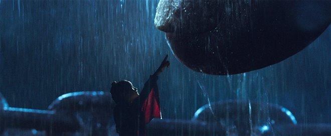 Godzilla vs. Kong Photo 2 - Large