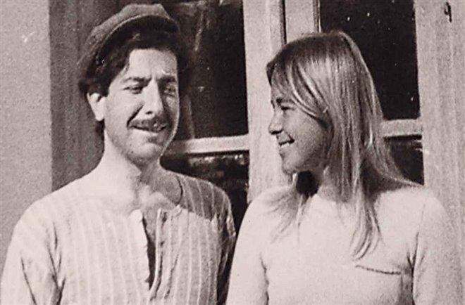 Marianne & Leonard: Words of Love Photo 2 - Large