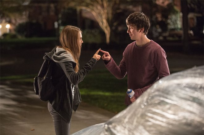 Paper Towns Photo 1 - Large