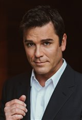 Yannick Bisson photo