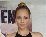 Laura Vandervoort photo